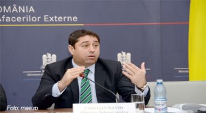 Cristian David, delegat pentru românii de pretutindeni, vizitează comunitatea românilor din Spania